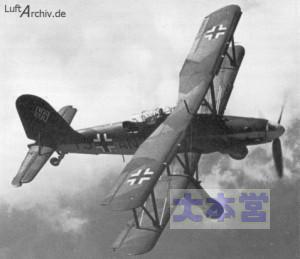 飛行中のフィーゼラーfi167
