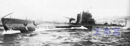 シィーレと同型の潜水艦「アデュア」