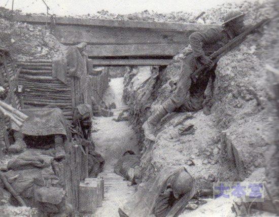 1916英軍の塹壕