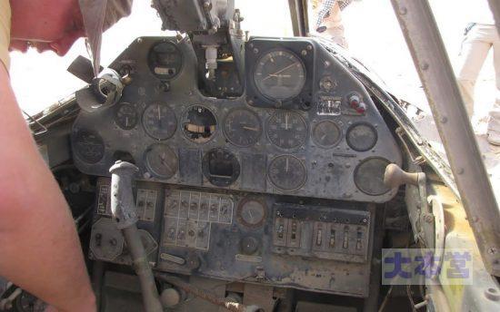 P40のコクピット(英軍のもの)