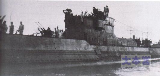 ロリアンを出港する伊29