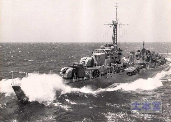 トライヴァル級駆逐艦