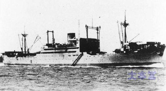 甲型上陸用舟艇母船「吉備津丸」