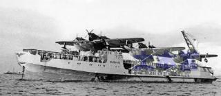 飛行艇母艦ブッサルド