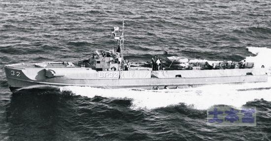 パトロール中のSボート