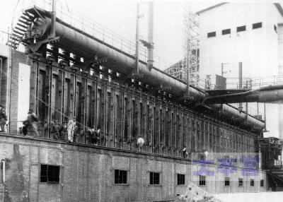 北海道人造石油滝川工場のコークス炉年産70万トン