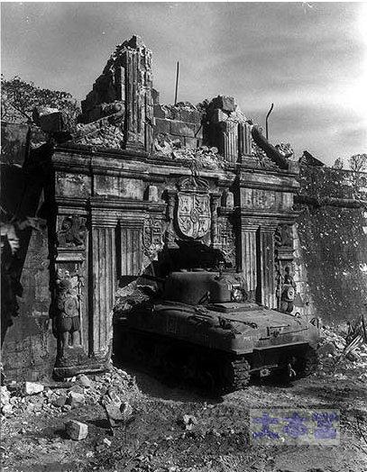 1945.2.28マニラ、M4シャーマン