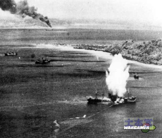 魚雷の航跡画像
