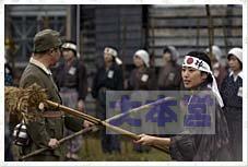 竹槍訓練カラー(映画から)