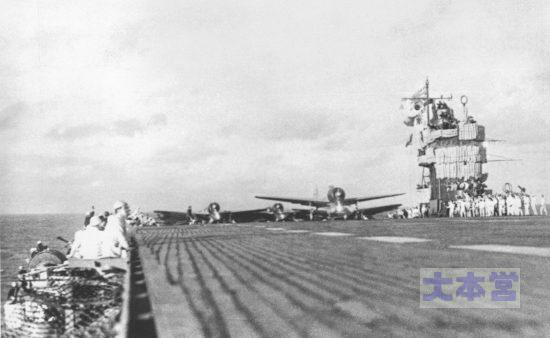 真珠湾2次攻撃隊を発艦させる赤城