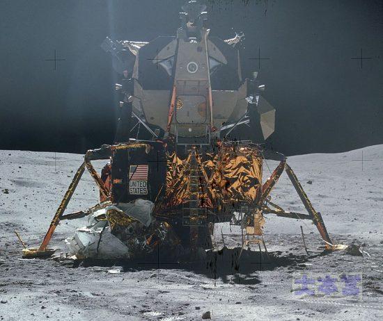 アポロ計画の月着陸船はグラマン社の「作品」