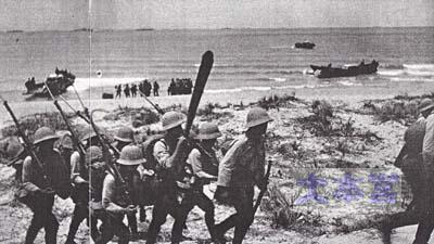1941.7.29メコン河口サンジャックに上陸した近衛歩兵第4連隊。騎手は高品武彦中尉