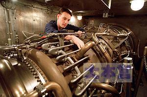 LM-2500エンジン