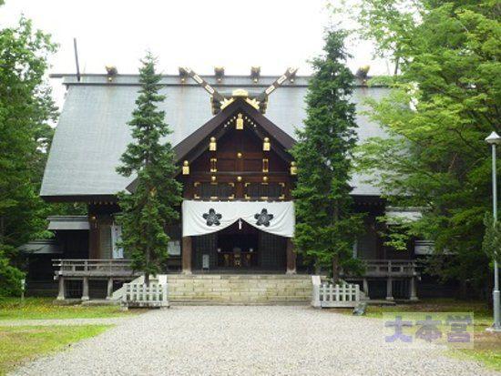 上川神社拝殿