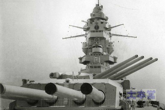 戦艦ダンケルクの主砲