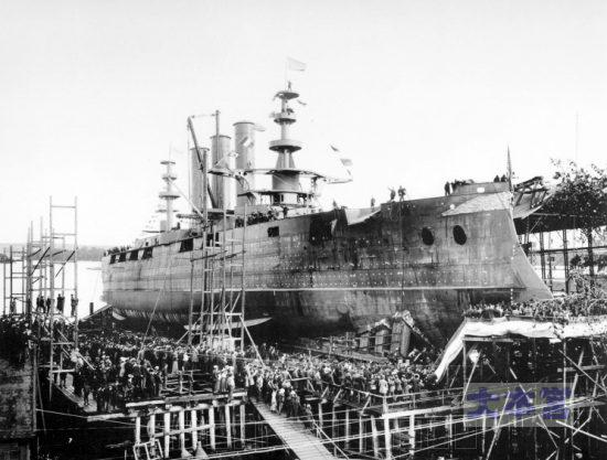 戦艦ジョージアの進水式