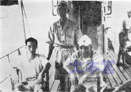 呂101艦上の徳川熈前左