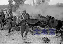 パンツァーファウストで撃破したソ連戦車