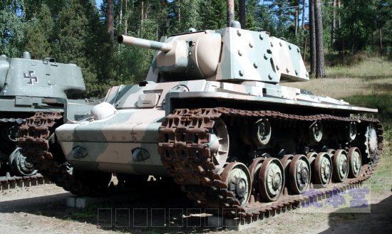 フィンランド軍が鹵獲したKV-1重戦車
